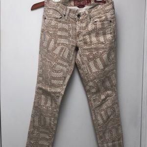 Lucky Brand Legend Skinny Jeans size 2/26